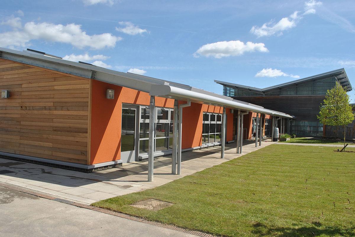 http://westridgeconstruction.co.uk/wp-content/uploads/2017/01/DA-School-1.jpg