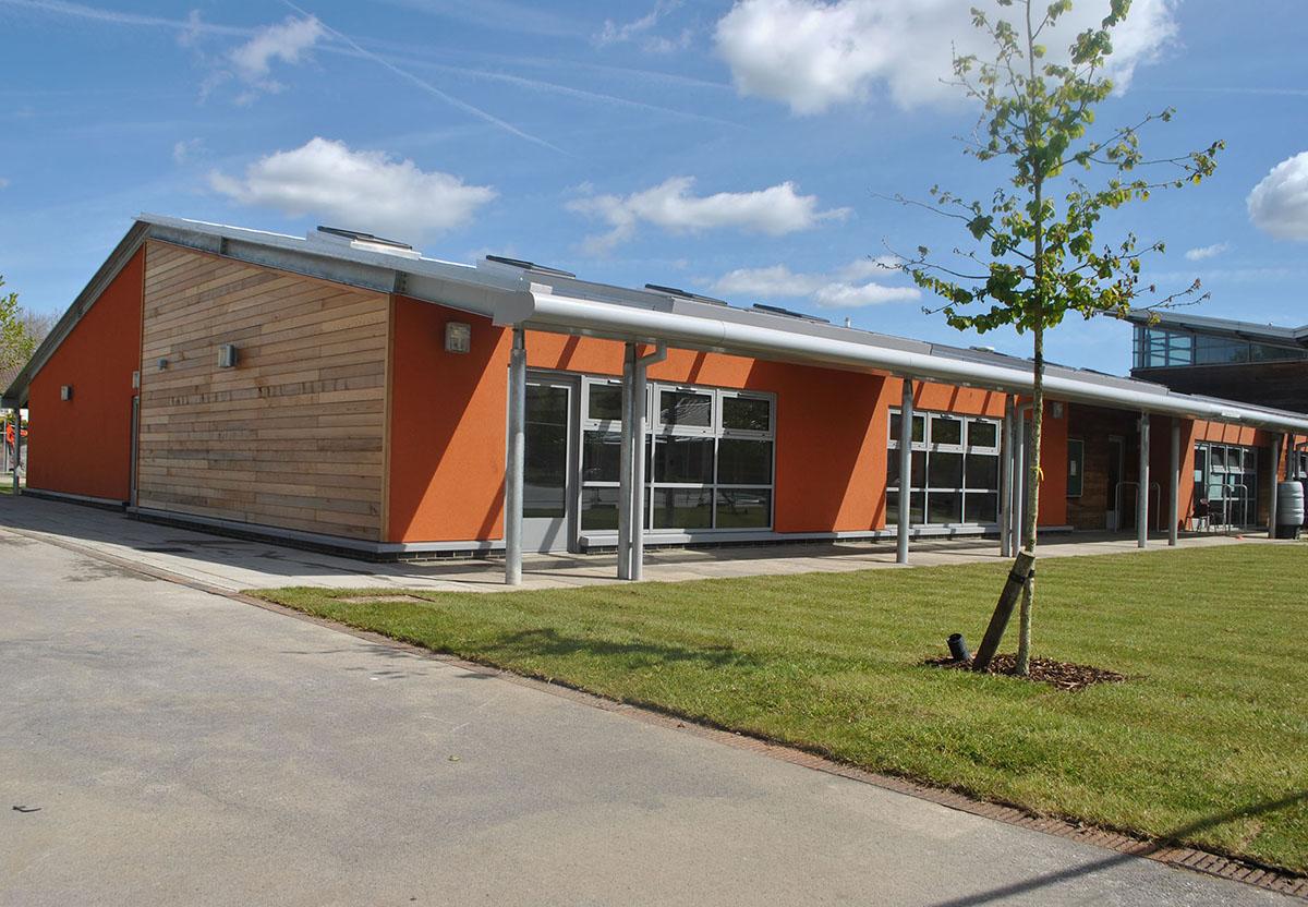 http://westridgeconstruction.co.uk/wp-content/uploads/2017/01/DA-School-2.jpg